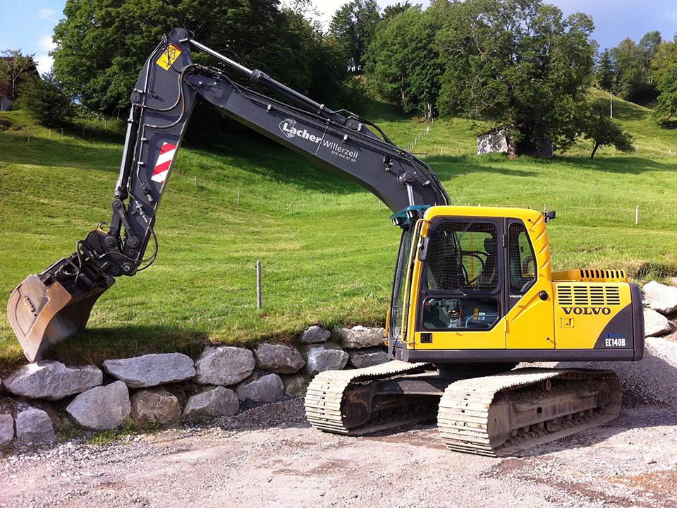 Maschinenpark, Bagger, 14t Volvo EC 140b, Lacher Bagger AG
